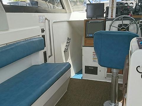船内スペース(4人様分の座席があります。)